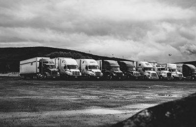 Hur du hittar specialtransporter för farligt avfall, ett hus eller större maskiner